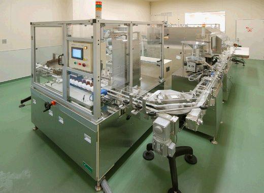 国内ラクトフェリンサプリメント加工工場3